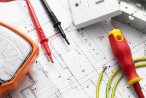 Commercial Electrician, M&E Contractor